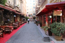 Área externa em frente ao hotel